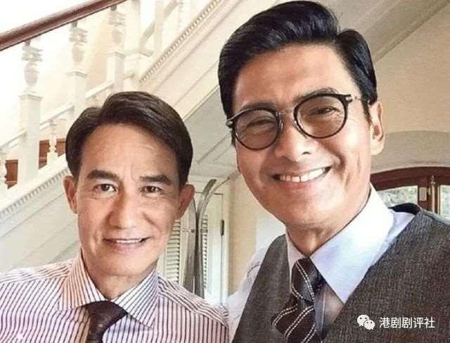 61岁前TVB老戏骨娶回族第一美女,罕见晒全家福被指回春_明星新闻