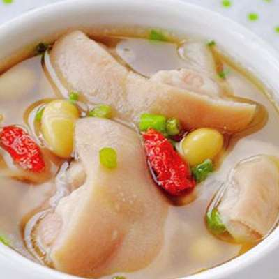 猪蹄炖黄豆怎么做 猪蹄炖黄豆下奶吗