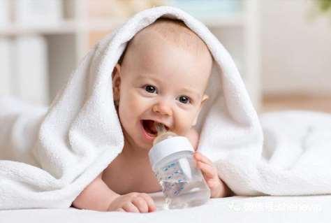 奶瓶发霉了还能用吗 奶瓶发霉了怎么清洗保存
