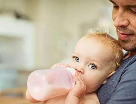 五一前后适合断奶吗 宝宝什么时候断奶好