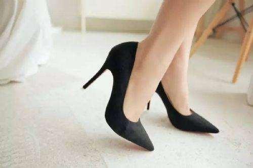 孕妇可以穿几厘米高跟鞋 孕妇穿什么鞋好