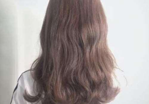 蜜茶棕色适合直发还是卷发 掉色后是什么颜色