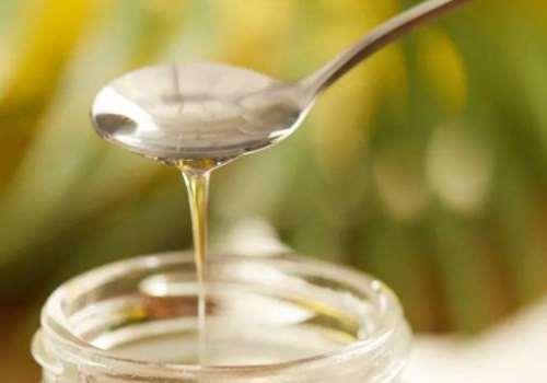 椰子油洗头怎么加热 椰子油擦脸正确方法