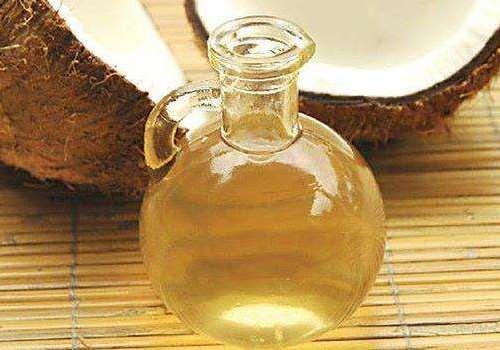 椰子油护发一周做几次 椰子油能护发吗
