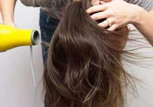 怎么预防吹风机里面进头发 吹风用多了会不会脱头发