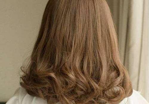 晚上睡觉怎么防止短发翘 剪头发发尾外翘怎么办