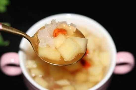 银耳汤喝多了会怎样 银耳汤一次喝多少合适