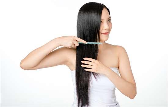 茶籽油可以洗头吗 能治脱发吗