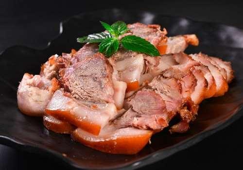 猪头肉和什么菜一起炒好吃 猪头肉孕妇可以吃吗