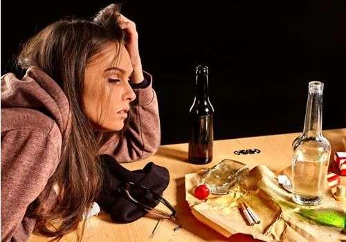 喝酒可以治感冒吗 感冒为什么不能喝酒