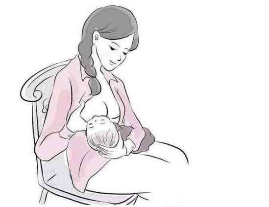 哺乳期乳头疼痛怎么办 勤吮吸姿势含接要正确