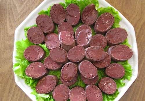 吃不完的血肠怎么保存 血肠能放在冰箱冷冻吗