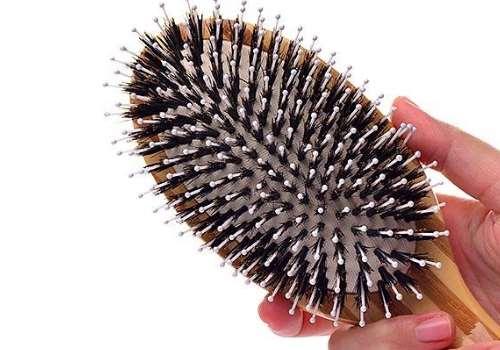 猪鬃毛梳子梳头发越梳越油 适合什么发质