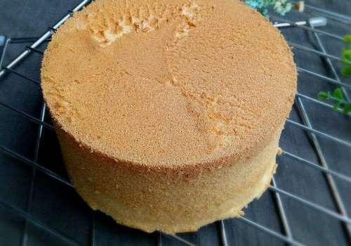 戚风蛋糕为什么叫戚风 戚风蛋糕和千层的区别