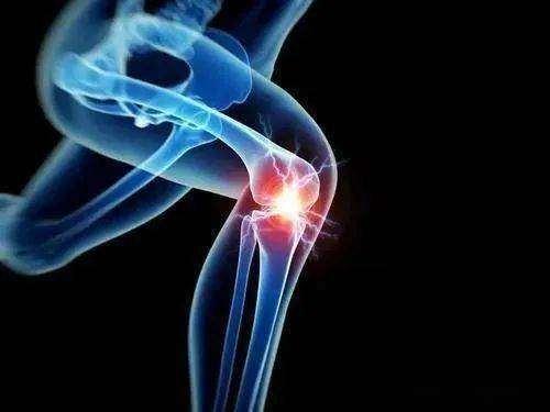 膝盖疼咯吱响什么原因 膝盖疼烤电管有用吗