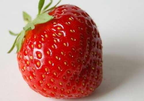 冬天可以吃草莓吗 冬天吃草莓的好处