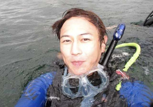 突发!TVB前帅气小生当潜水教练疑致学员不幸溺亡,火速搬离住宅避世_明星新闻