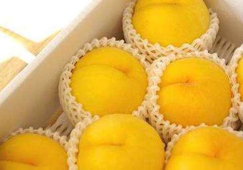 晚上吃黄桃罐头会胖吗 月经期可以吃黄桃吗
