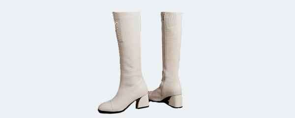 黑色和白色凉鞋哪个更百搭 既百搭又好看