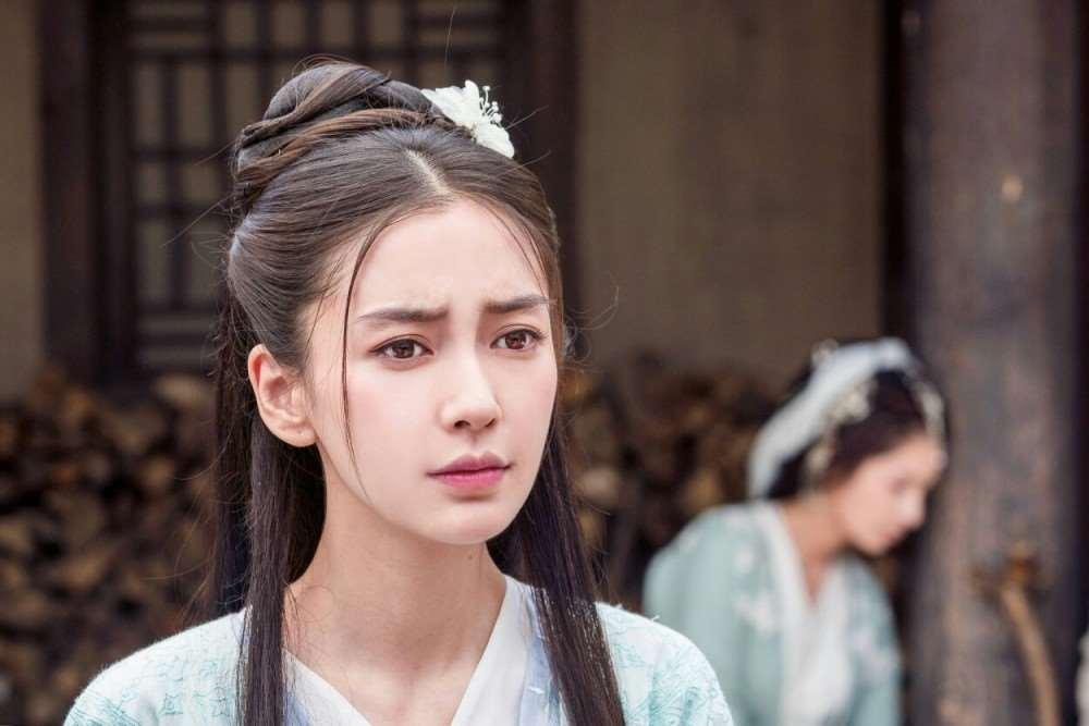 """被""""反噬""""的杨颖沦为边缘人物:""""大宝贝""""的苦,没人会有感触_明星新闻"""