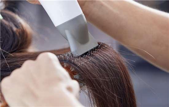 纹理烫头发是不是卷的 显老该怎么办