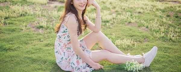 白色裤子配鞋子图片 教你穿出优雅女神范