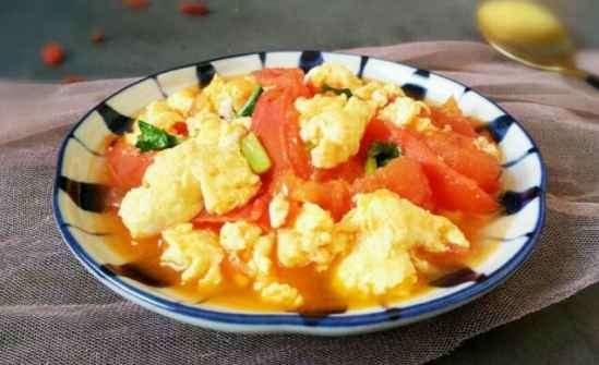 减肥期间吃西红柿炒蛋可以吗 番茄炒蛋热量高吗