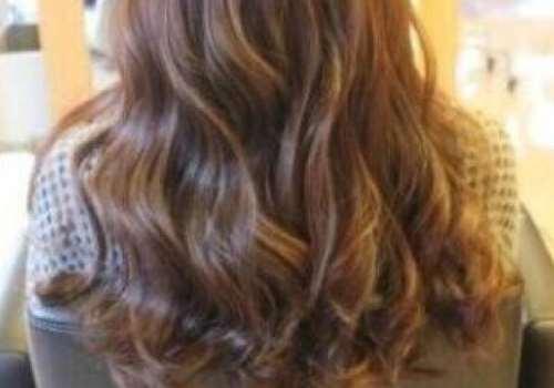 产后掉发可以烫发吗 什么时候可以烫头发