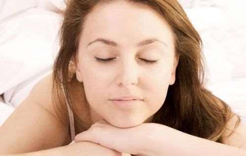 产妇坐月子梦见蛇是什么意思 产妇坐月子梦见蛇的宜忌