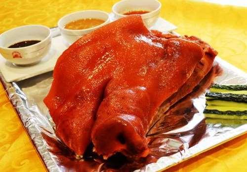 猪头的哪个部位不能吃 熟的猪头肉怎么做好吃
