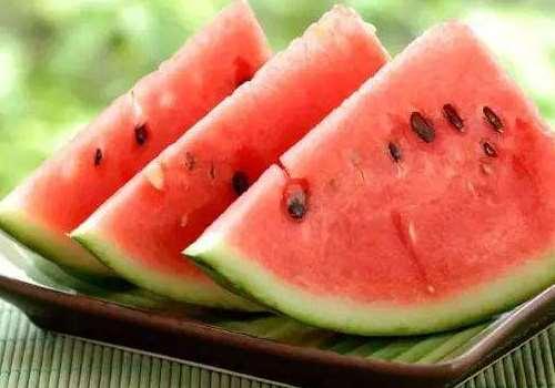 西瓜与苹果能一起吃吗 西瓜和苹果哪个减肥